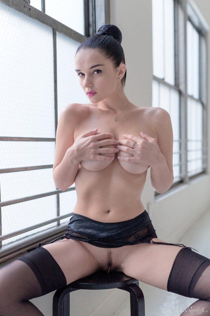 Zdjęcie porno - 01 682x1024 - Naturalna brunetka