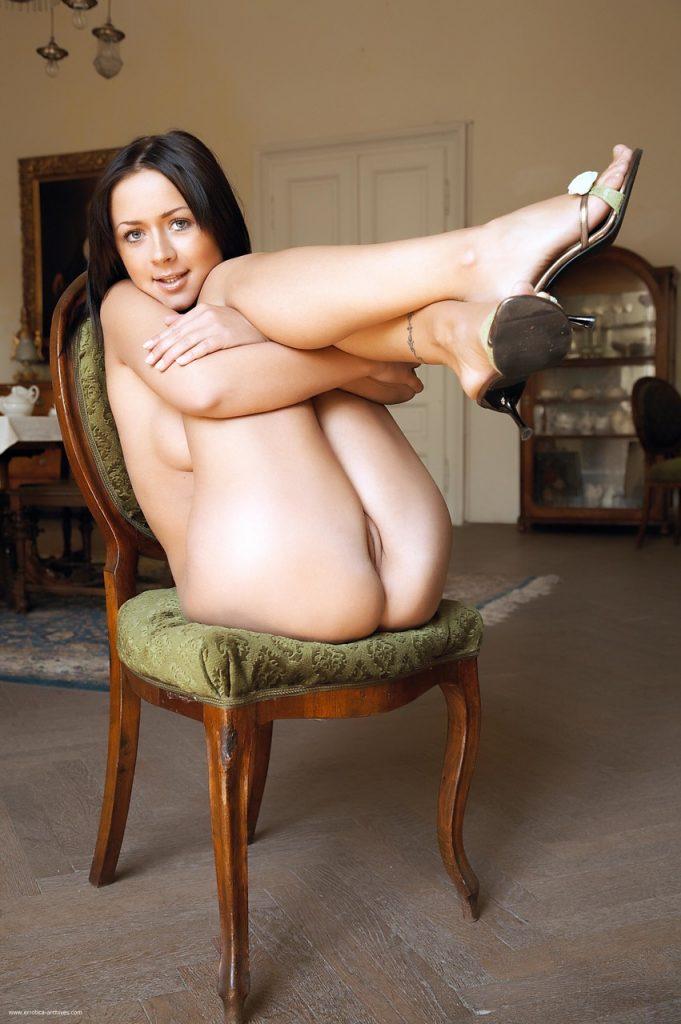 Zdjęcie porno - 10936411 012 a363 681x1024 - Piękna brunetka