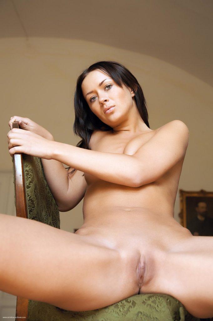 Zdjęcie porno - 10936411 022 36ff 681x1024 - Piękna brunetka